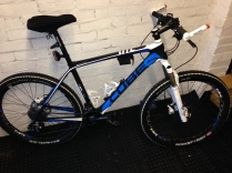 Cube Hardtail MTB, in for a Service and forks sent off for a service,Mobile Bike Repair, Sutton Coldfield, Tamworth, Birmingham, Mobile Shop
