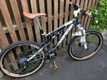 Boardman full suspension, Shimano groupset, Mavic wheels, Rockshox forks